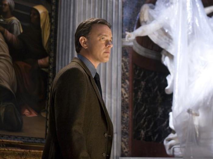 L-r, Tom Hanks, Ayelet Zurer, Thure Lindhart and Ewan McGregor in Columbia Pictures suspense thriller