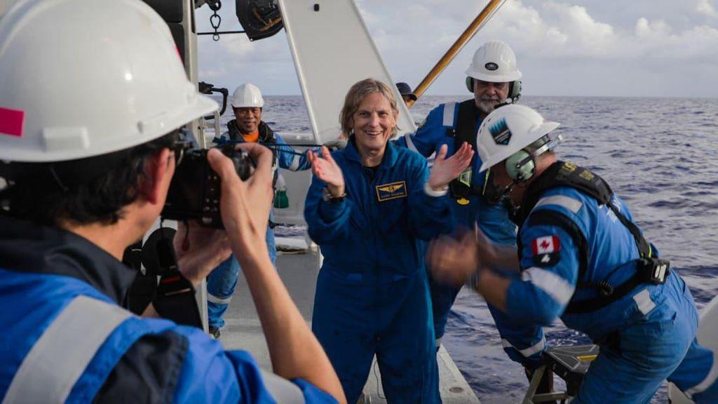 Kathy Sullivan, Wanita Pertama yang Datangi Titik Terdalam Bumi