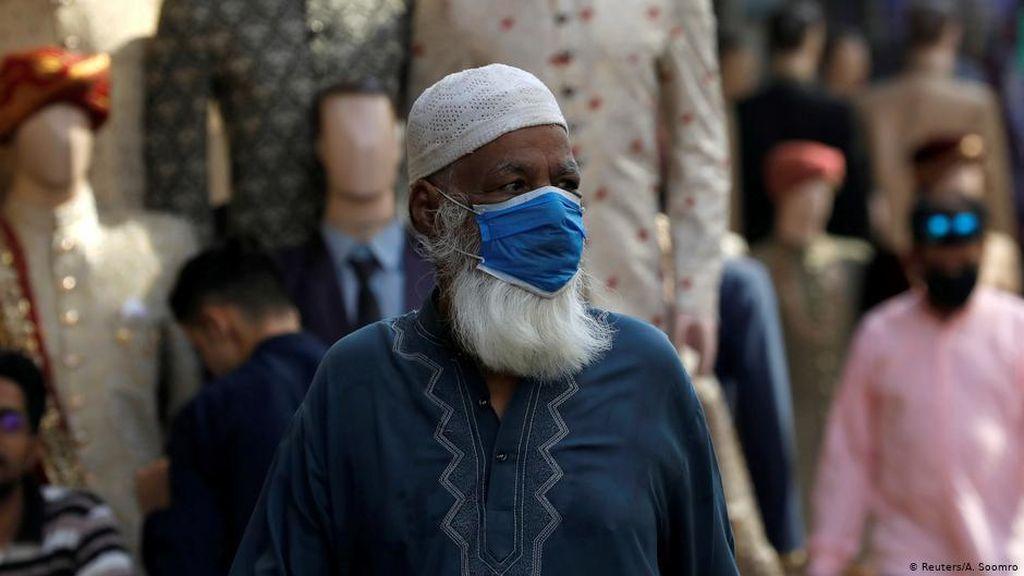 Kasus COVID Melonjak, Pakistan Tiadakan Libur Lebaran
