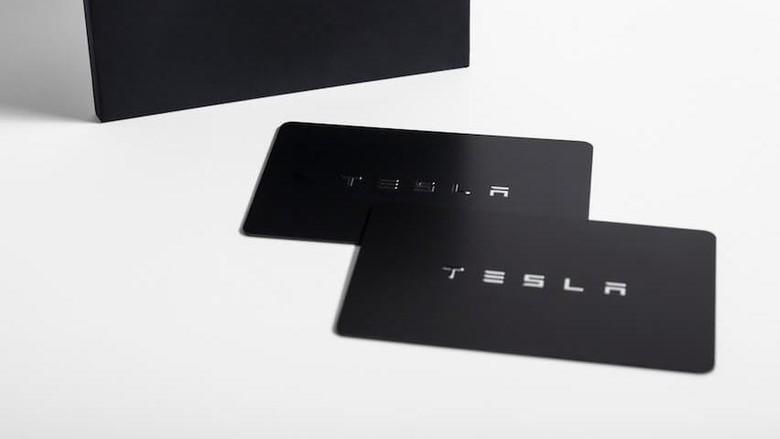 Kunci Kartu Tesla Model 3