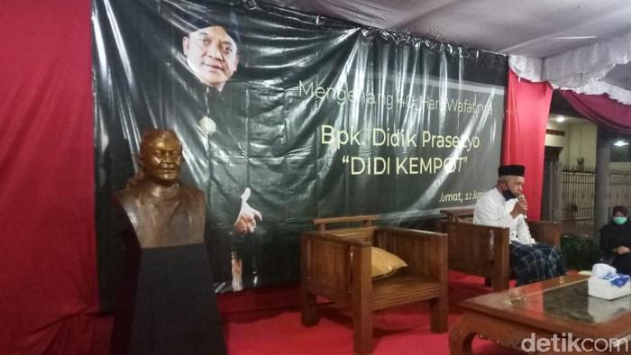 Peringatan 40 hari meninggalnya Didi Kempot di Solo, Jumat (12/6/2020).