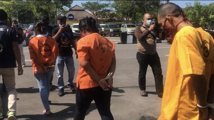 Polisi bongkar komplotan penggelapan 45 mobil rental di Pangkalpinang