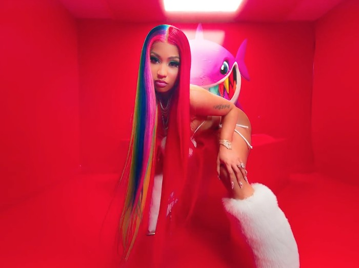 Video klip TROLLZ dari Nicki Minaj dan Tekashi 6ix9ine.