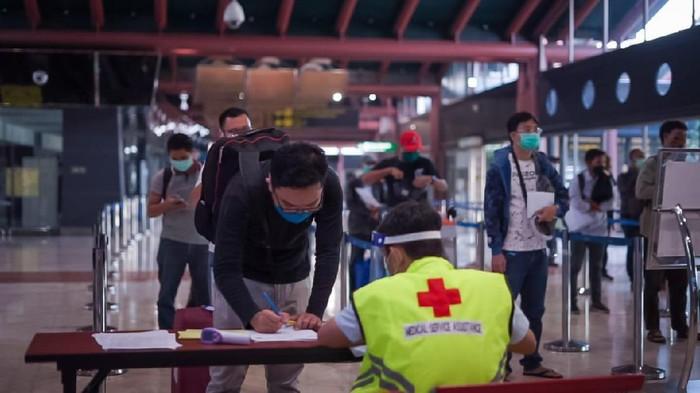 Kebiasaan baru di Bandara PT Angkasa Pura II