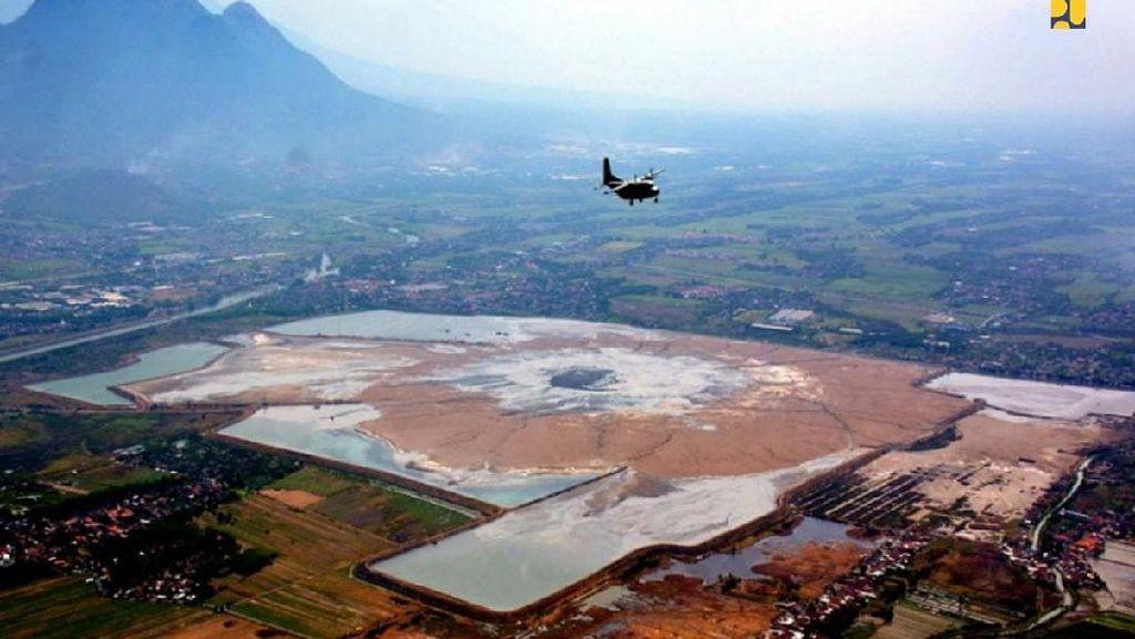 PR Besar Mengendalikan Semburan Lumpur di Sidoarjo