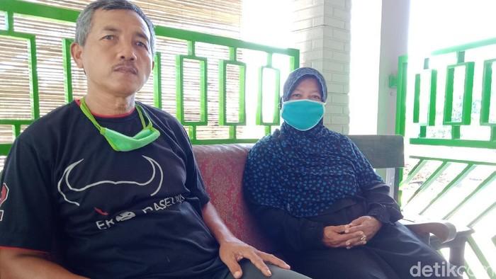 Siti Qomariyah dan Satiman di rumahnya, Klaten, Sabtu (13/6/2020).