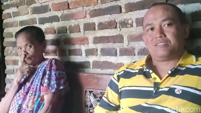 Kebahagiaan tengah menyelimuti Yatemi (72), warga Dusun Dolopo, Desa Kepel, Kecamatan Ngetos. Empat hari lalu ia dinikahi oleh Nuryani (36).