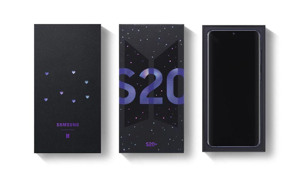 Penampakan S20+ dan Galaxy Buds Edisi Khusus BTS