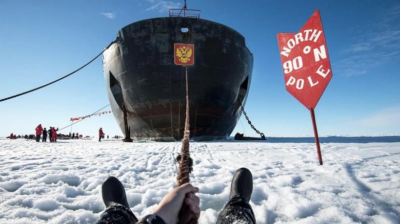 kapal pesiar kutub utara
