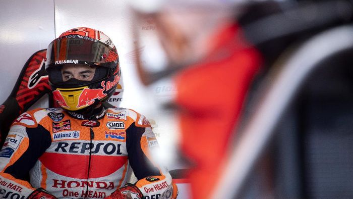 VALENCIA, SPAIN - NOVEMBER 15:  Marc Marquez of Spain and Repsol Honda Team looks on in box during the MotoGP Of Valencia - Free Practice at Ricardo Tormo Circuit on November 15, 2019 in Valencia, Spain. (Photo by Mirco Lazzari gp/Getty Images)
