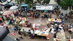 Penampakan Ganjil-Genap di Kios Pasar