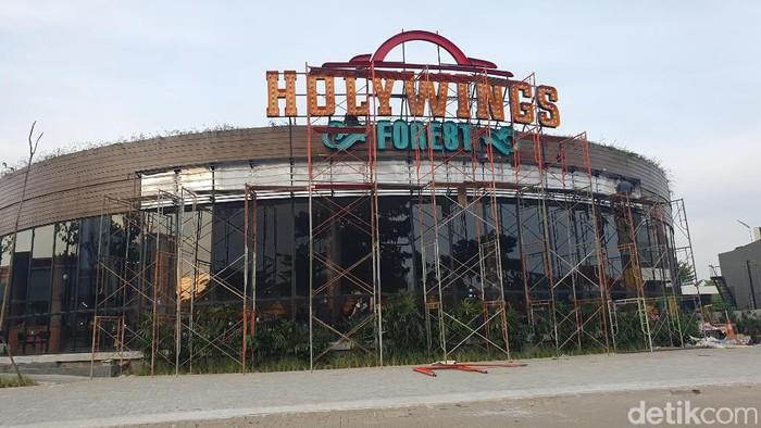 Restoran Holywings Forest Bekasi (Isal Mawardi/detikcom)