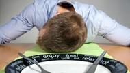 Awas, Kebiasaan Makan Ini Bisa Tingkatkan Risiko Sakit Maag!