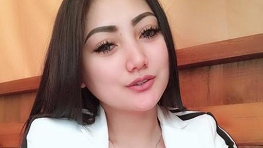 Sassha Carissa Ngaku Belum Nikah, Netizen: Tapi Bohong
