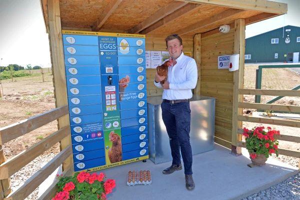 'Eggcellent', Vending Machine yang Tawarkan Telur