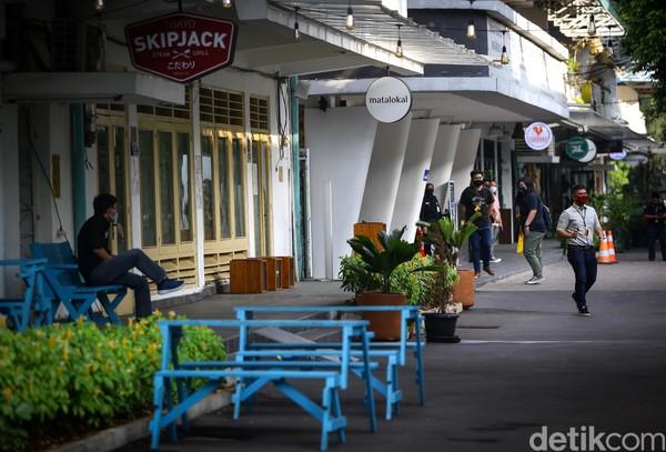 Anak Jakarta Selatan pasti tahu nih spot anak muda yang berada di kawasan Blok M. Namanya M Bloc Space, dengan konsep ruang kreatif dan ragam spot nongkrong kekinian. (Grandyos Zafna)