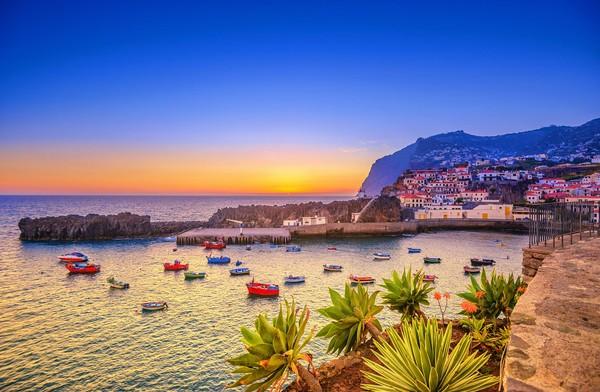 Pulau Madeira di Portugal berhasil kembali duduk di peringkat satu di kategori Worlds Leading Island Destination dalam penghargaan World Travel Awards. (Juergen Sack/Getty Images)