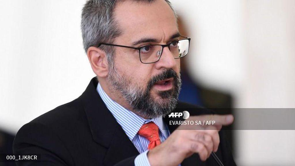Menteri Pendidikan Brazil Didenda karena Tak Pakai Masker Saat Rapat
