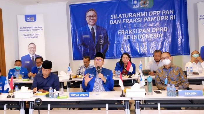 Ketua Umum PAN Zulkifli Hasan menegaskan bahwa Pancasila dan NKRI adalah harga mati yang harus terus dijaga dan dipertahankan.