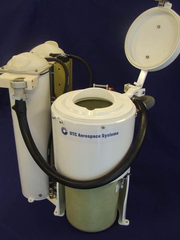Akhir tahun ini, jika semuanya berjalan dengan baik, sistem toilet terbaru dan lebih baik dari sebelumnya meluncur ke ISS. Toilet yang dinamakan Universal Waste Management System (UWMS) itu akan dikirim oleh NASA.