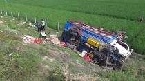 Truk Tabrak Truk di Tol Ngawi, Satu Orang Tewas dan Dua Terluka