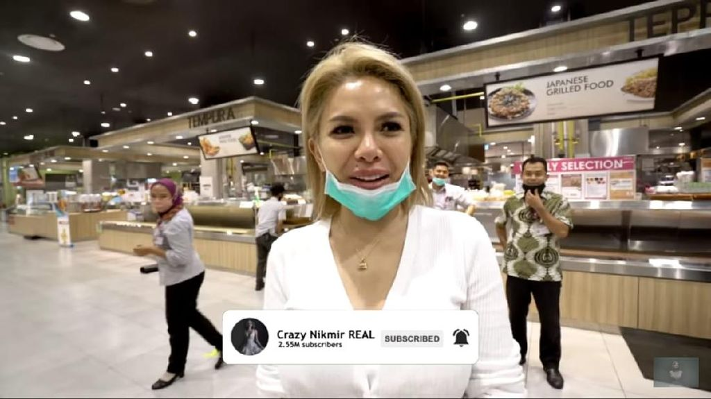 Nikita Mirzani Panik Belanja Bulanan Dikawal Satpam Supermarket