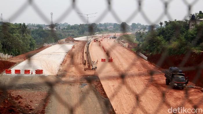 Pembangunan infrastruktur di Indonesia melambat sejak adanya pandemi virus Corona (COVID-19). Hal itu berdasarkan hasil survei  perusahaan konsultan MarkPlus Inc.