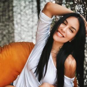 Most Popular Sepekan: Hasil Rontgen Sophia Latjuba, Cantik Sampai Tengkorak