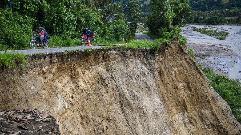Potret Dahsyatnya Banjir dan Longsor di Sulawesi Tengah
