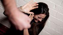 Saya Dianiaya Suami tapi Takut Bercerai, Apa yang Harus Saya Lakukan?