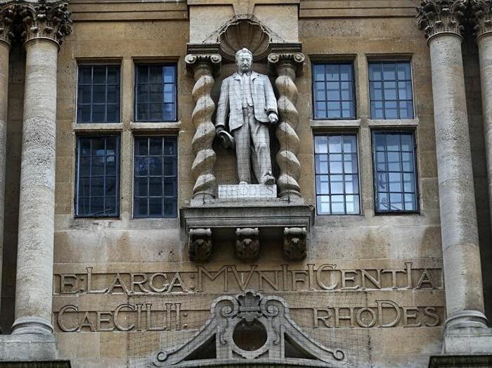 Patung Cecil Rhodes