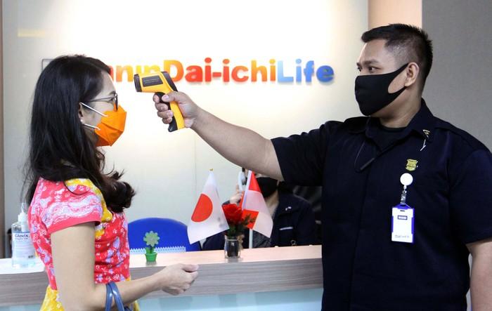 Panin Dai Ichi Life kembali mencairkan klaim nasabah meninggal dunia pada ahli waris dari salah satu produk asuransi jiwa dengan total manfaat pertanggungan sebesar Rp 27,2 miliar.