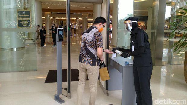 Penerapan protokol keseahtan di Trans Studio Mall Cibubur