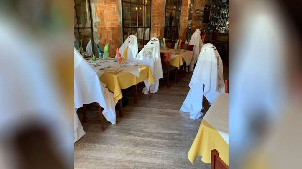 Restoran pakai hantu untuk social distancing