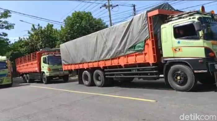 sopir logistik mogok tolak rapid test yang mahal