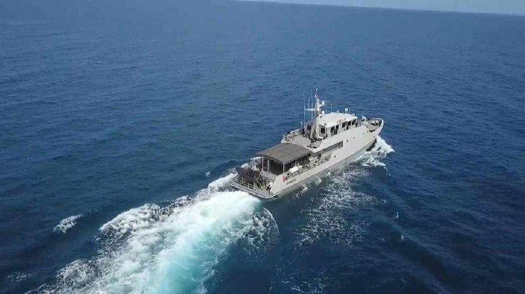 Video Kapal & Prajurit TNI AL Berlatih Tempur di Selat Makassar