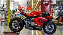 Intip Proses Perakitan Motor Ducati Superleggera V4