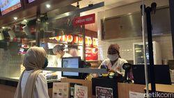 Tak Hanya Restoran, Jajan Snack di Mall Juga Pakai Protokol Kesehatan