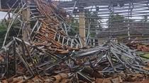 Hujan Angin Semalaman, Sejumlah Bangunan di Pangandaran Rusak