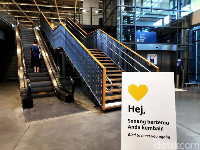 IKEA Alam Sutera kembali dibuka untuk umum. Toko ritel itu pun menerapkan protokol kesehatan sebagai salah satu upaya beradaptasi di era new normal.