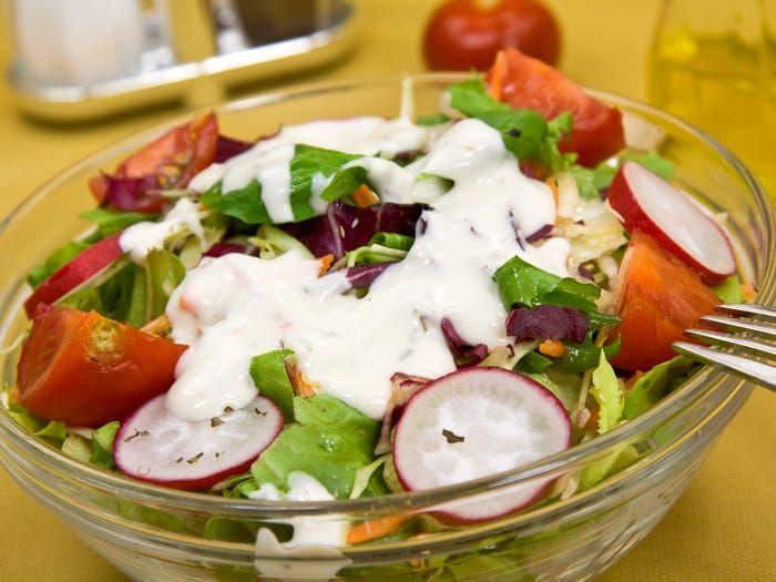 Jenis salad untuk dipesan dan dihindari