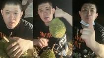 Hii..! Penjual Ini Lakukan Lelang Durian Online di Tengah Kuburan