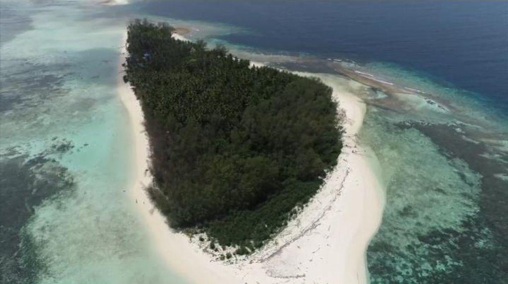 Heboh! Pulau Malamber di Mamuju Dijual Rp 2 M