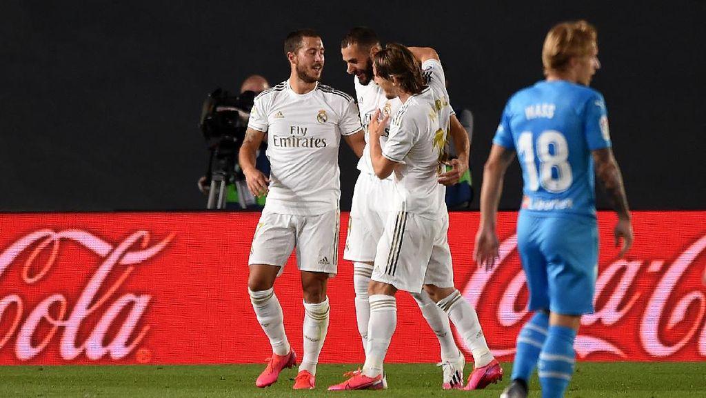 Real Madrid Vs Valencia: Benzema Sumbang Dua Gol, Los Blancos Menang