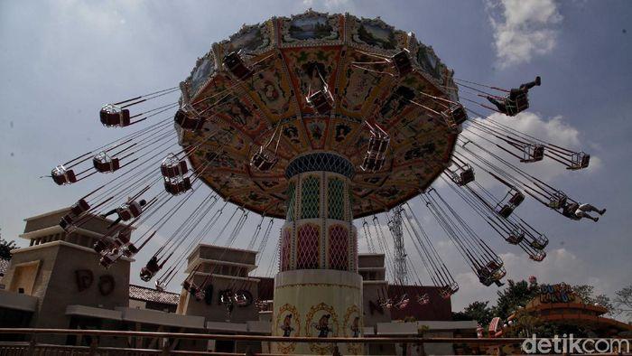 Taman Impian Jaya Ancol sudah kembali membuka lokasi wisatanya. Nah, salah satu primadonya yakni Dufan. Yuk, seru-seruan bareng dengan protokol kesehatan.