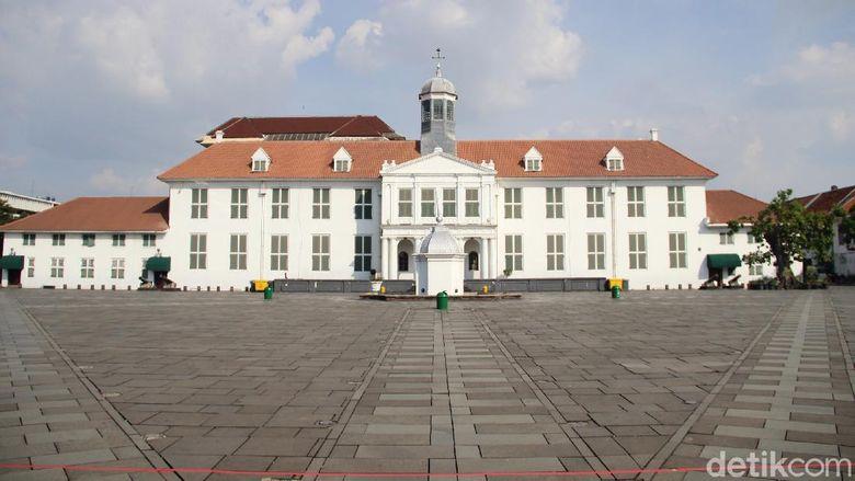 Museum Sejarah Jakarta atau Museum Fatahillah sudah dibuka kembali, Sabtu (20/6/2020). Protokol kesehatan sangat ketat diberlakukan.