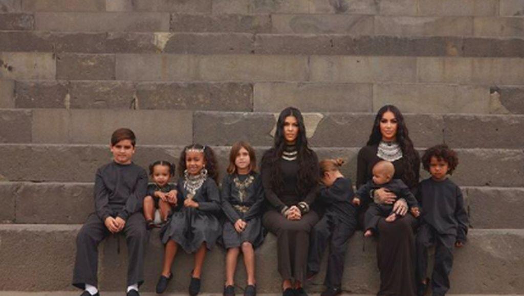 Kim Kardashian Sengaja Beri Ponakannya Junk Food karena Alasan Ini