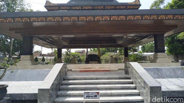 Makam Bung Karno di Blitar