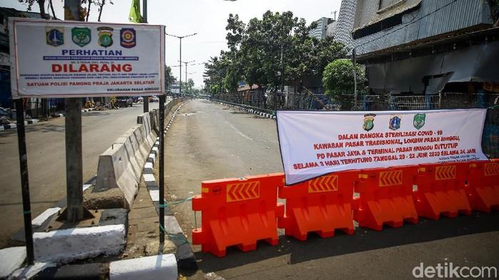 Pasar di Pasar Minggu, Jakarta Selatan, akan ditutup sementara selama tiga hari ke depan. Penutupan dilakukan karena ada tiga pedagang terkonfirmasi positif Corona.
