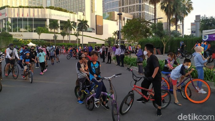 Pakar Kesehatan Sebut Pecah Rekor Kasus Covid di DKI Akibat CFD - RCTI+